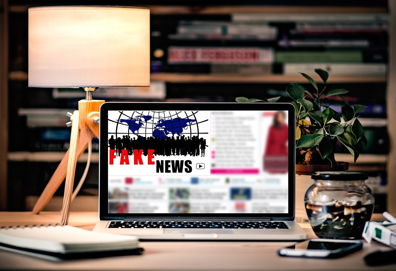 Fake News: Image by S. Hermann & F. Richter from Pixabay